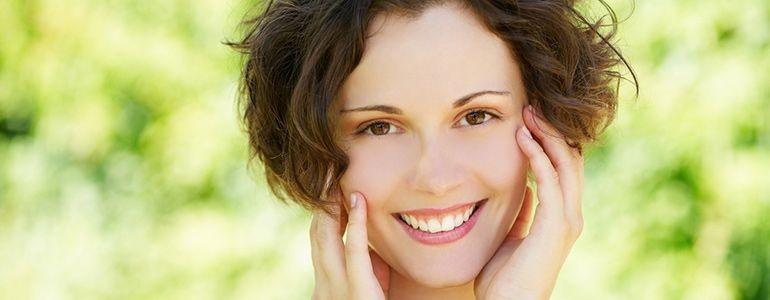 Чистка лица в салоне: популярные процедуры