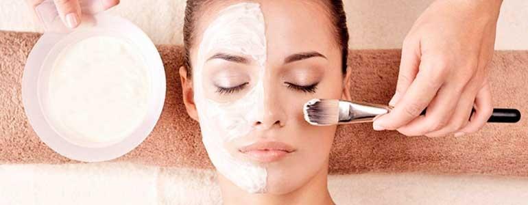 Изображение Химический пилинг – воздействие на кожу кислотой